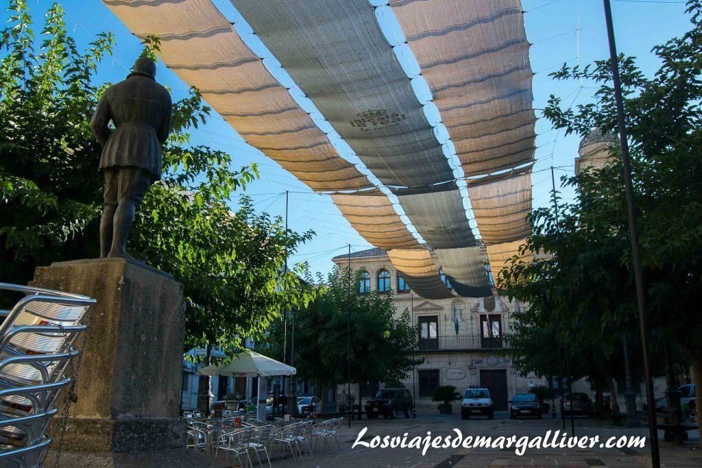 Plaza arcipestre de hita en Alcalá la Real - Los viajes de Margalliver